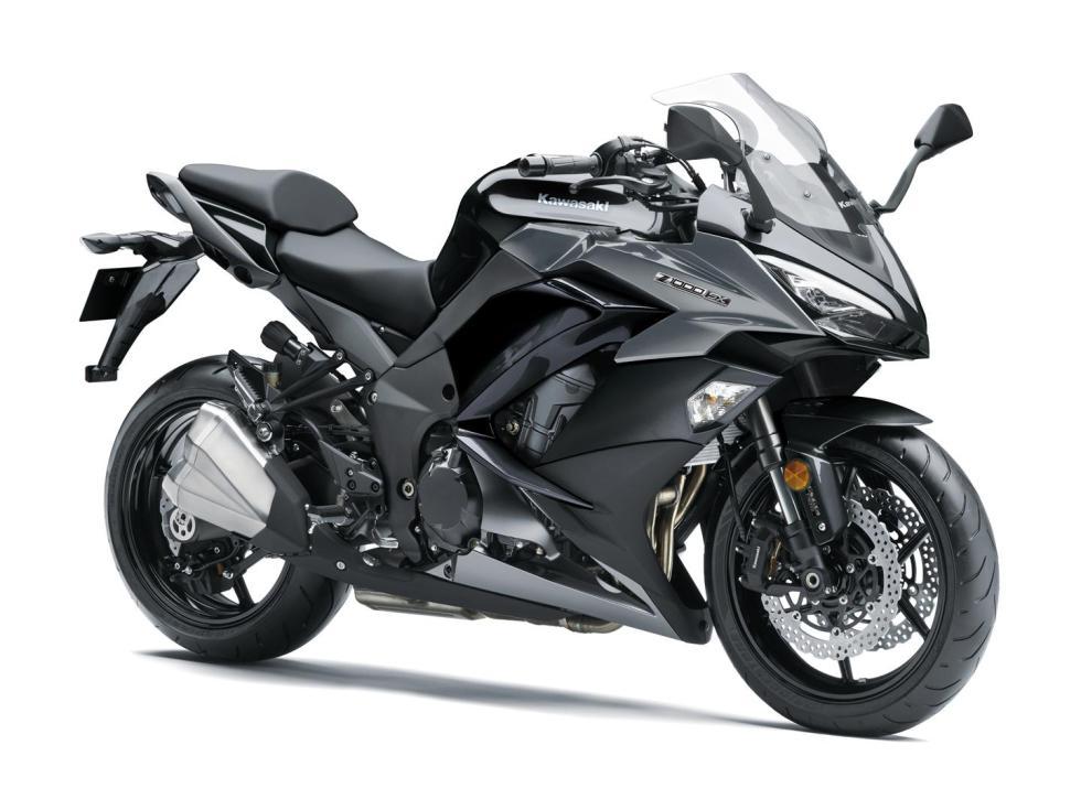 Kawasaki-Z1000-SX-2017-2