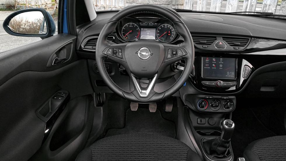 Opel Corsa GLP habitáculo