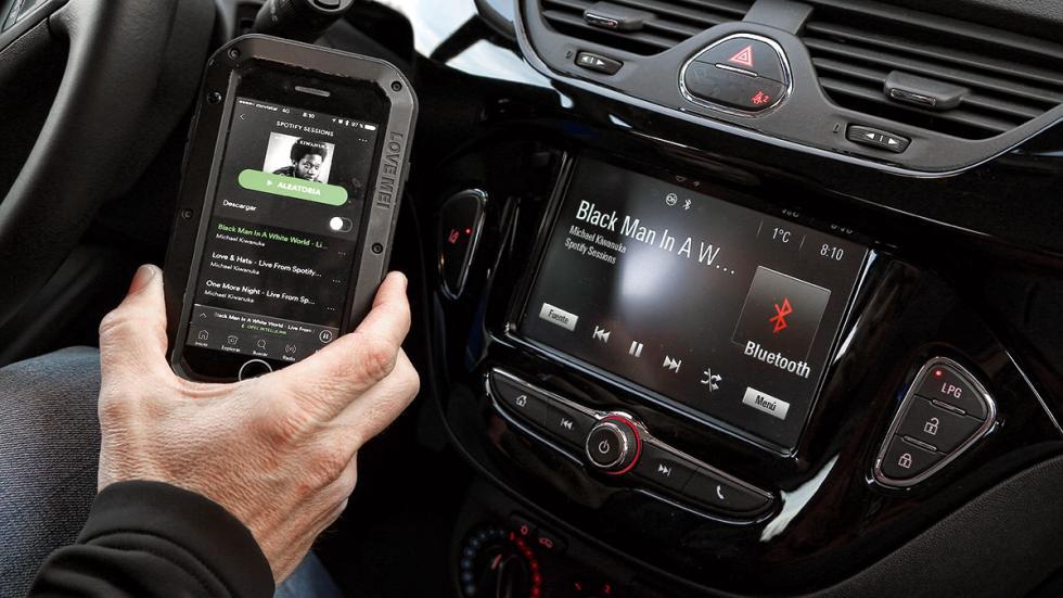 Opel Corsa GLP sistema multimedia