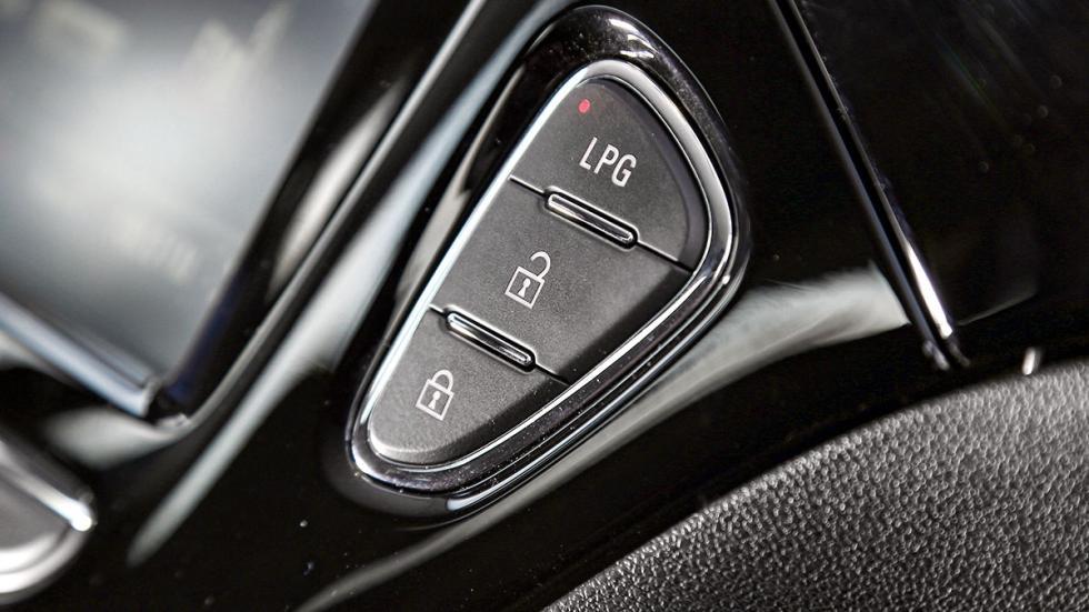 Opel Corsa GLP botón GLP