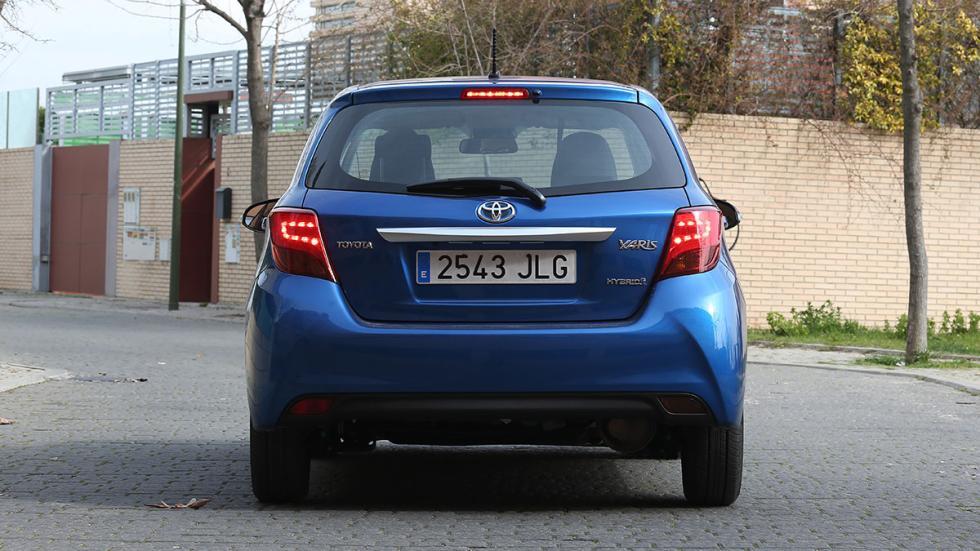 Toyota Yaris Hybrid zaga