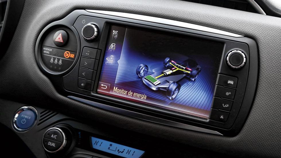 Toyota Yaris Hybrid navegador
