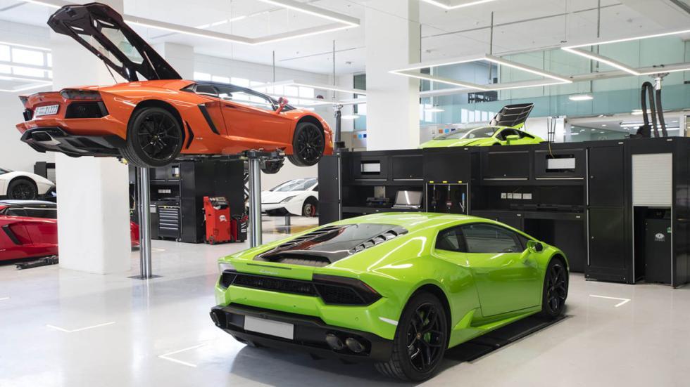 Concesionario Lamborghini Dubai taller 3