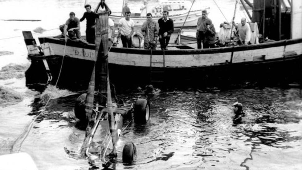 Ascari rescatado en el puerto de Mónaco 1955