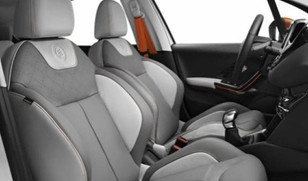 Peugeot 208 Roland Garros interior