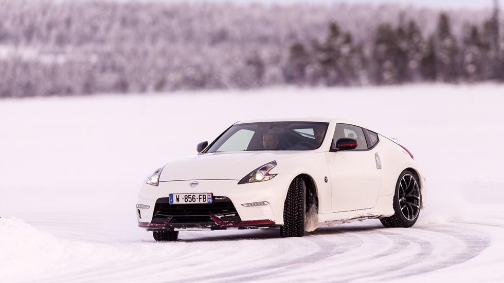 Nissan 370Z Nismo Hielo cruzada drift