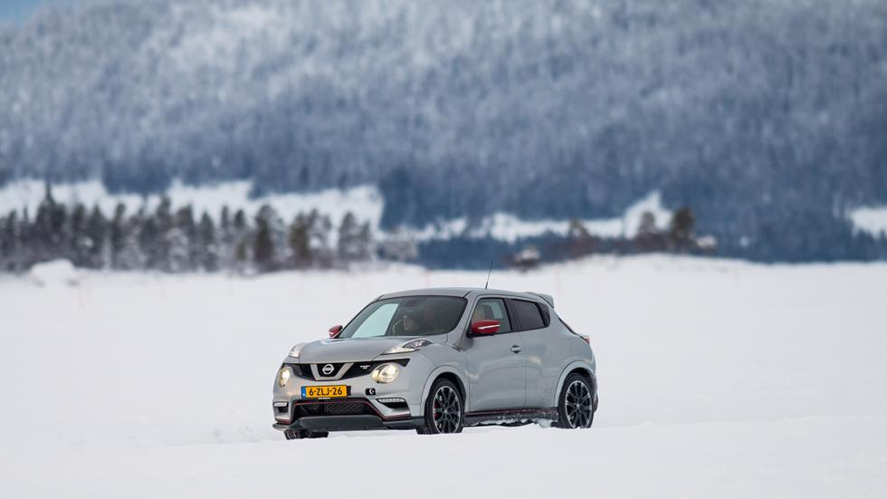 Nissan juke Nismo RS hielo lateral