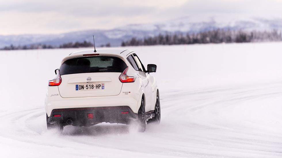 Nissan juke Nismo RS hielo trasera