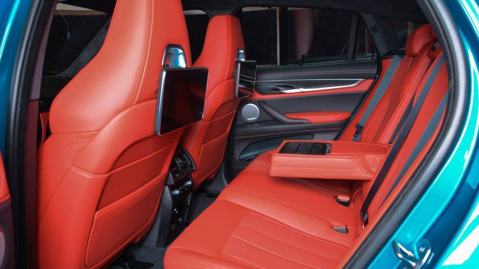 BMW X6 M personalizado plazas traseras