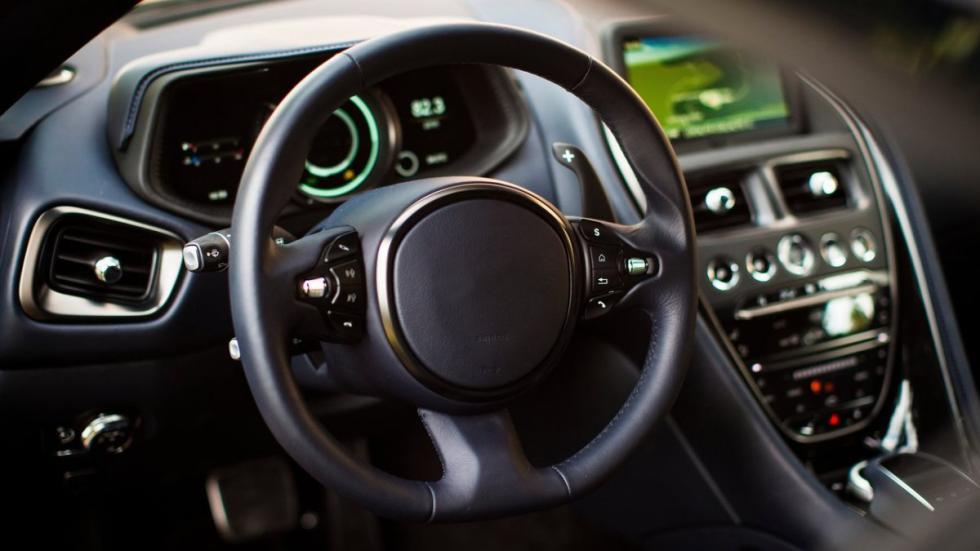 Identifica estos 7 coches por su volante (III)