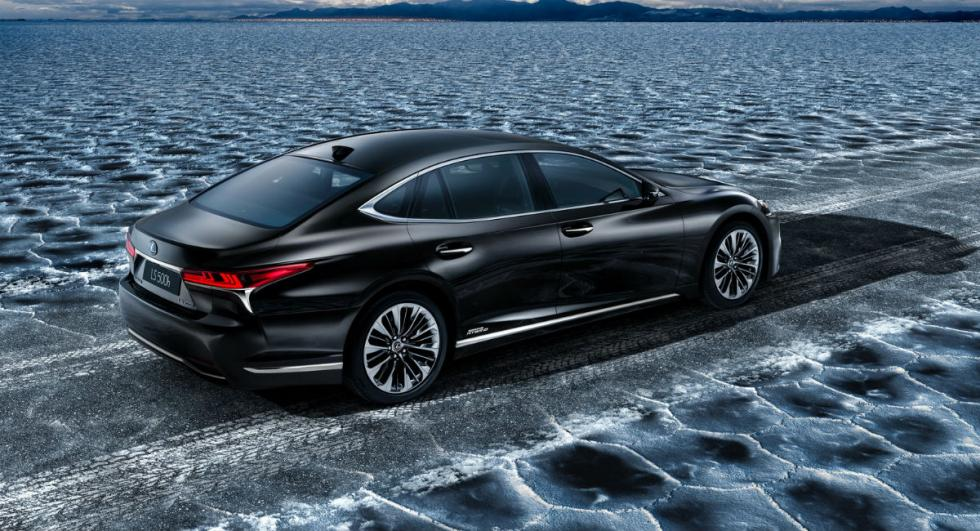 Lexus LS 500h 2017 2