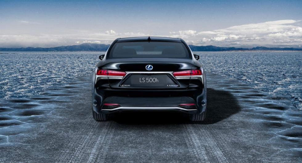 Lexus LS 500h 2017 5