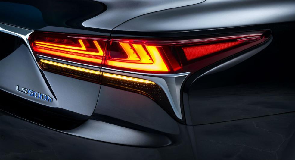Lexus LS 500h 2017 9