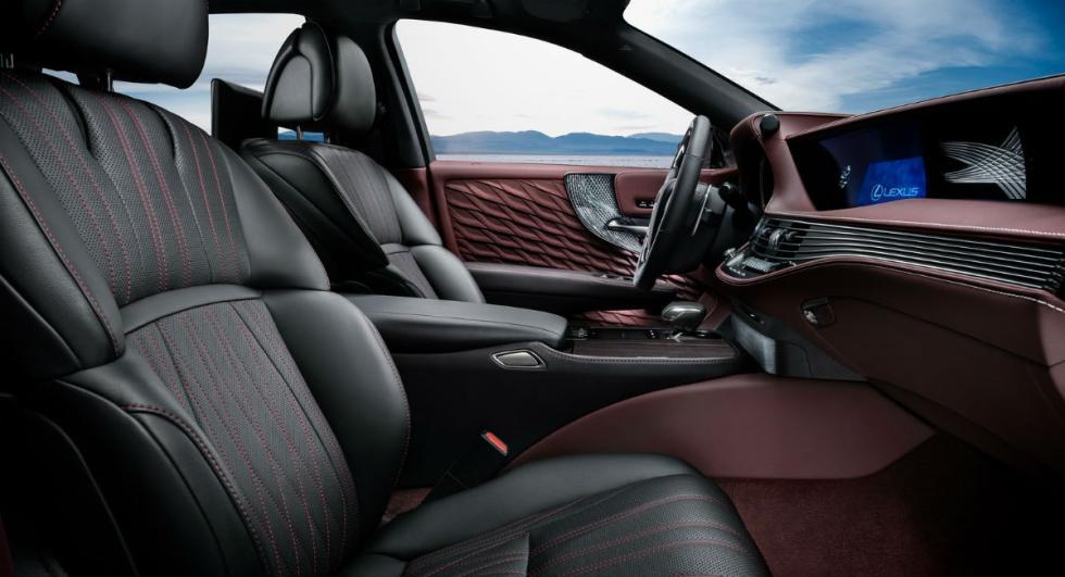 Lexus LS 500h 2017 13