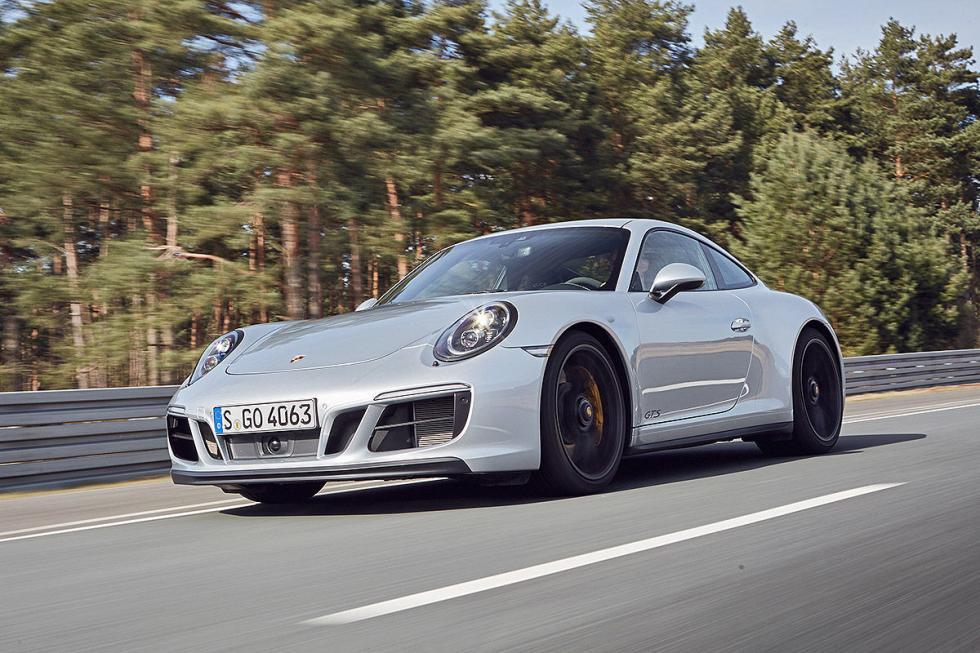 Porsche 911 GTS (2017)