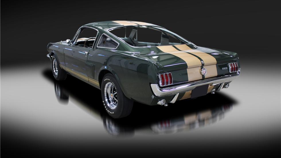 Shelby Mustang GT350-H de 1966 zaga