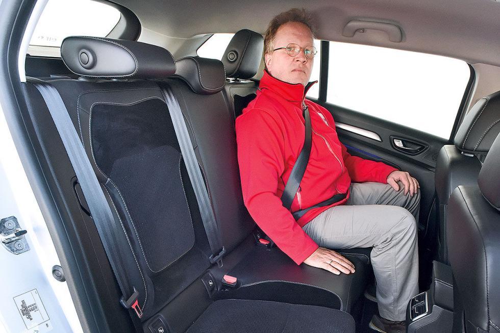 VW Golf Variant vs Astra Sports Tourer/Mégane Sport Tourer