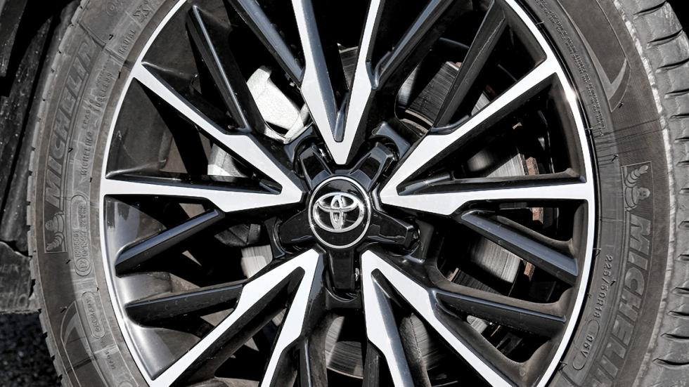 Toyota C-HR detalle llanta