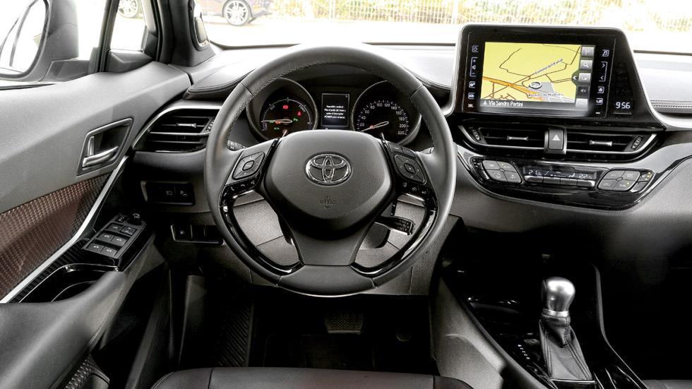 Toyota C-HR salpicadero