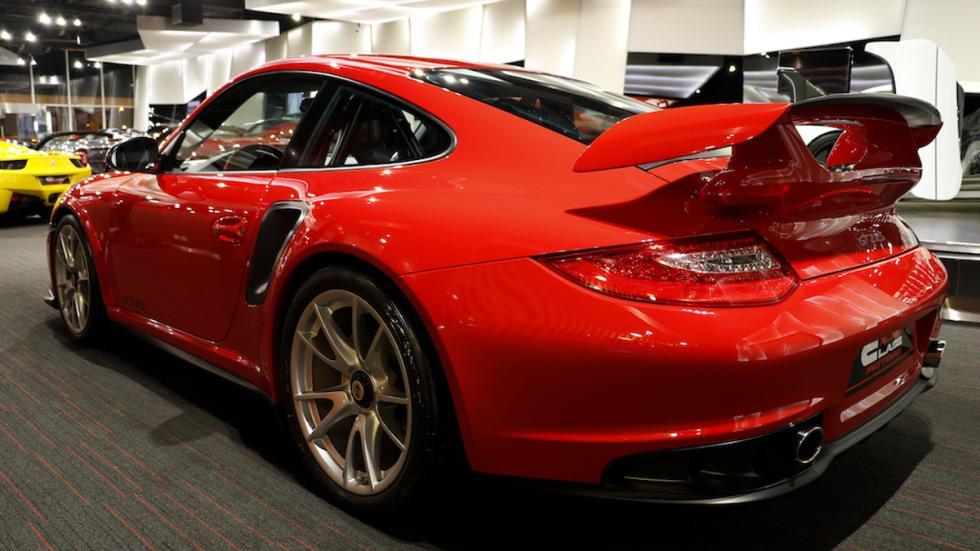 Porsche 911 GT2 RS trasera