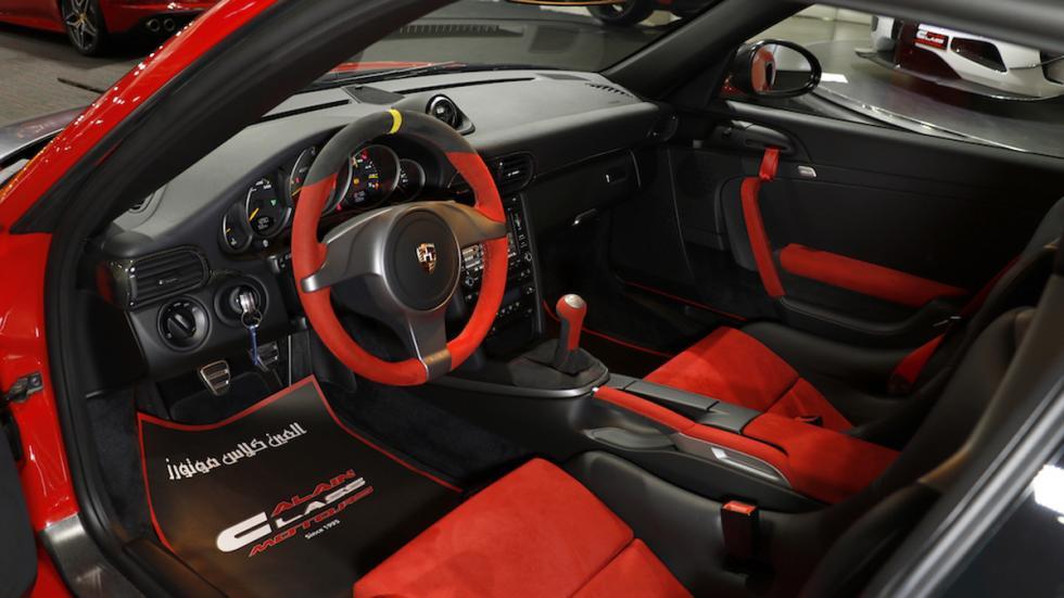 Porsche 911 GT2 RS habitáculo