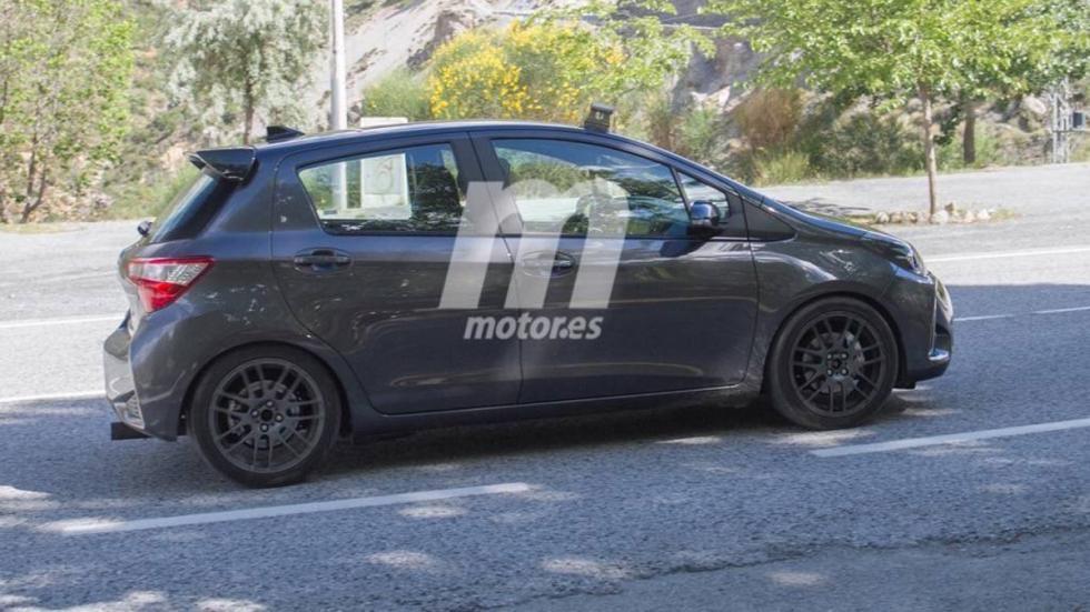 fotos espía Toyota Yaris GRMN perfil