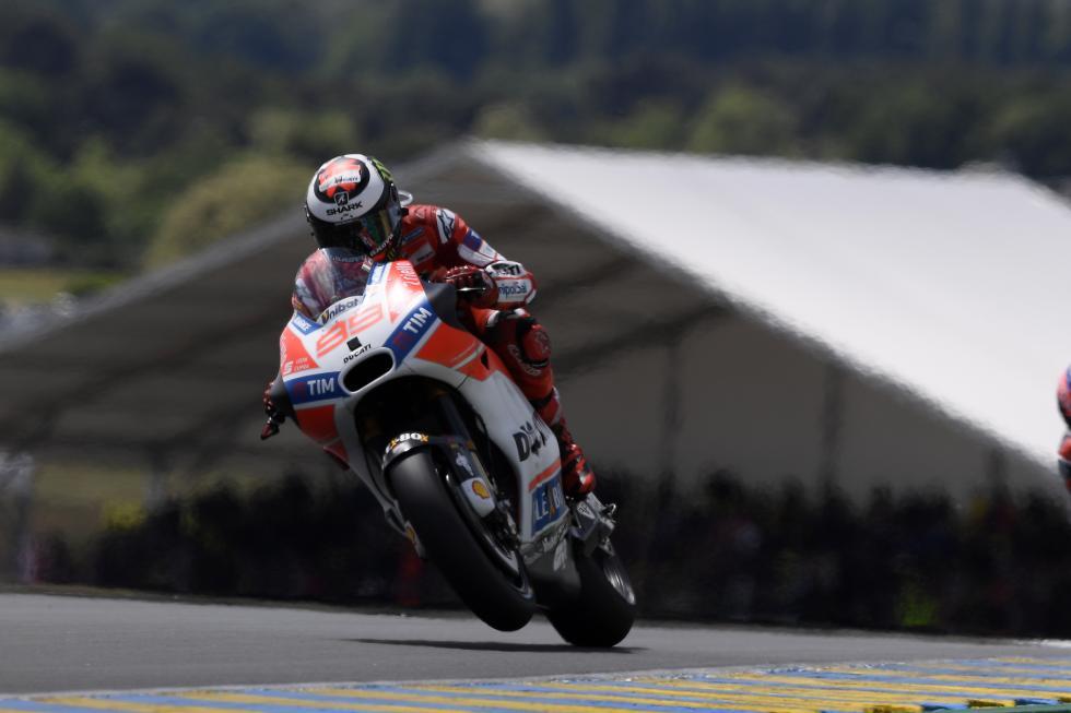 MotoGP-Le-Mans-2017-9