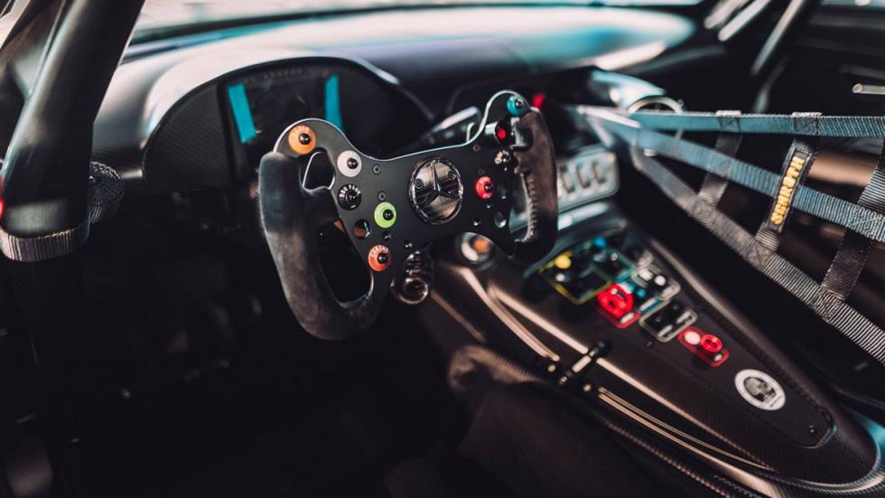 Mercedes-AMG GT3 Edition 50 habitáculo
