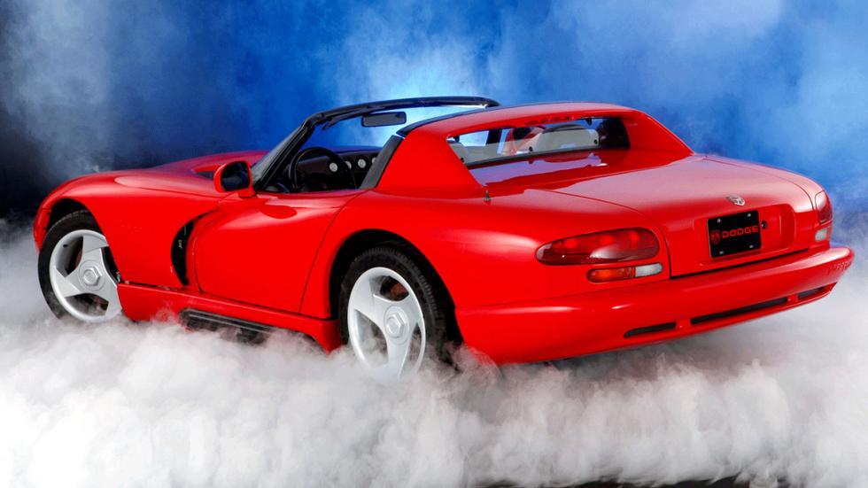 coches-serán-clásicos-2017-Dodge-Viper-zaga