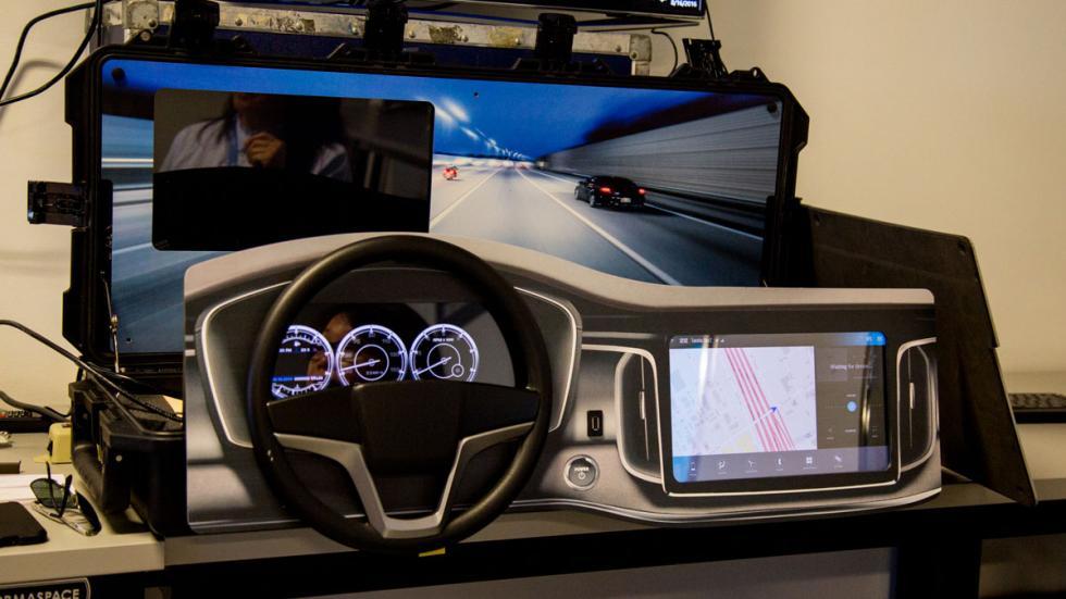 conducción autopilotada cockpit delphi intel