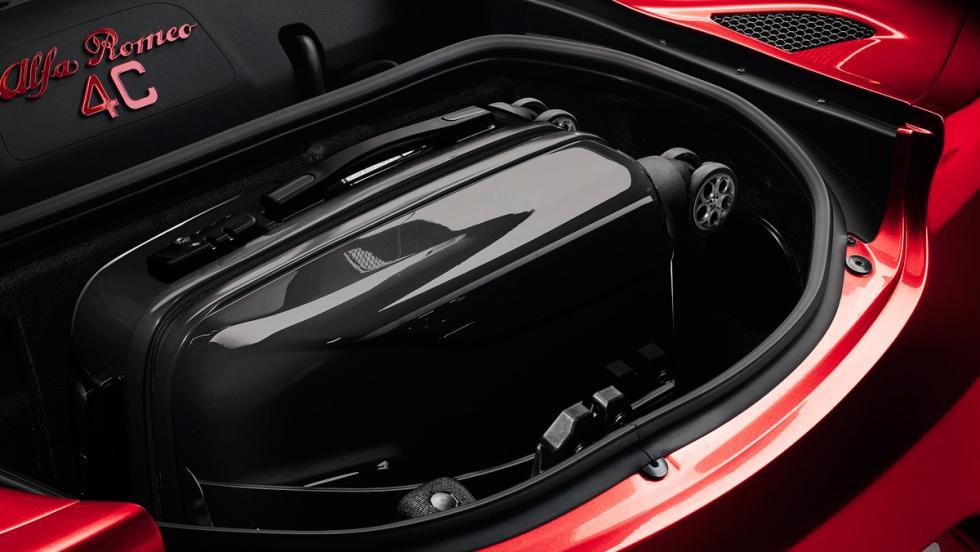 Alfa Romeo 4C maletero