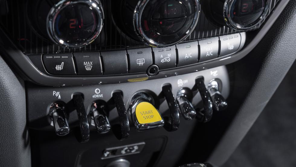 Prueba Mini Cooper S E Countryman All4 (botón de arranque)