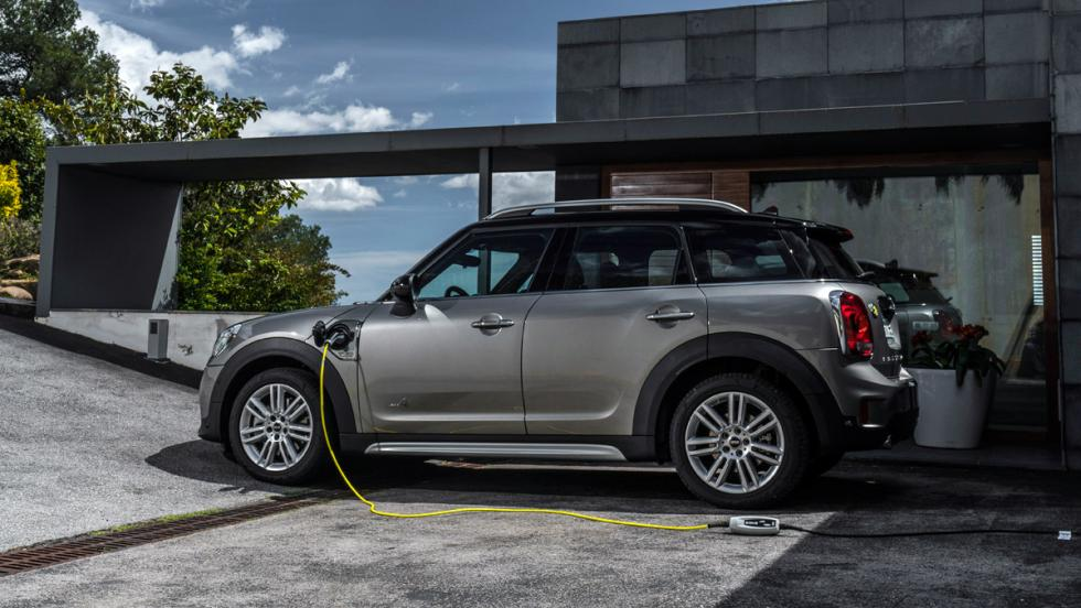 Prueba Mini Cooper S E Countryman All4 (carga)