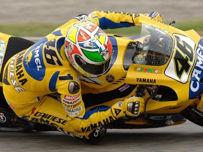 Rossi-Casco-2006