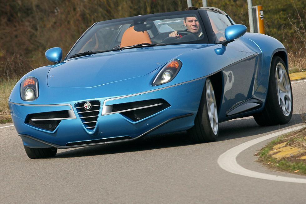 Alfa Romeo Disco Volante. 4,4 litros V8 de Maserati, 450 CV.