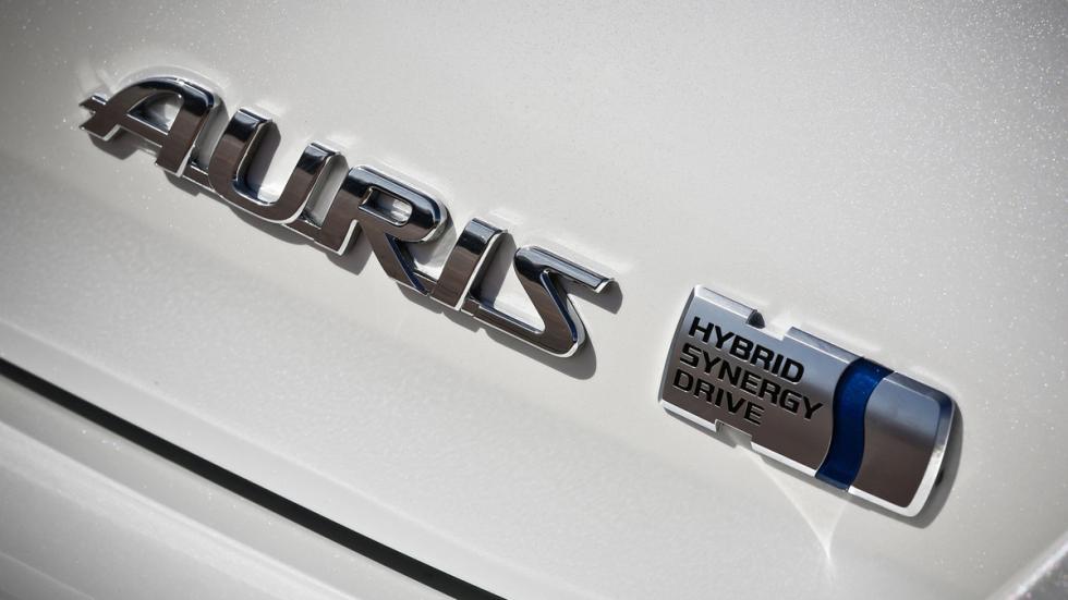 coches-mejor-gasolina-Toyota-Auris-2