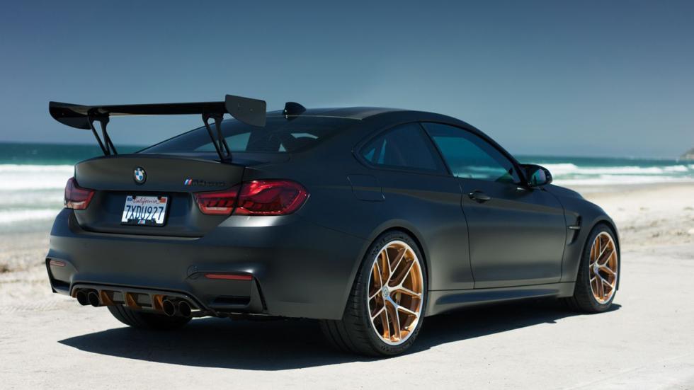 BMW M4 GTS TAG Motorsports zaga