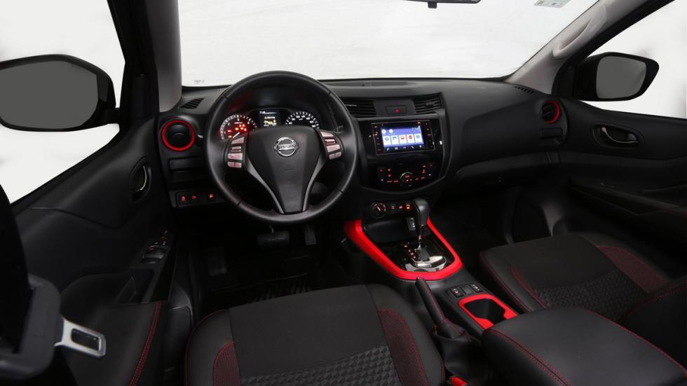 Nissan Frontier Attack Concept interior