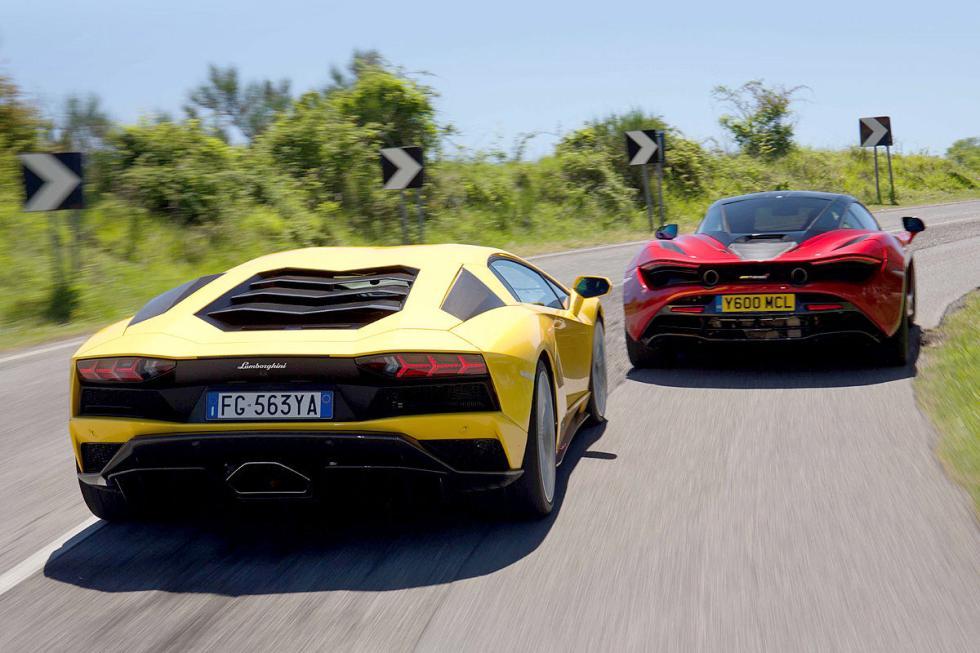Lamborghini Aventador S contra McLaren 720S