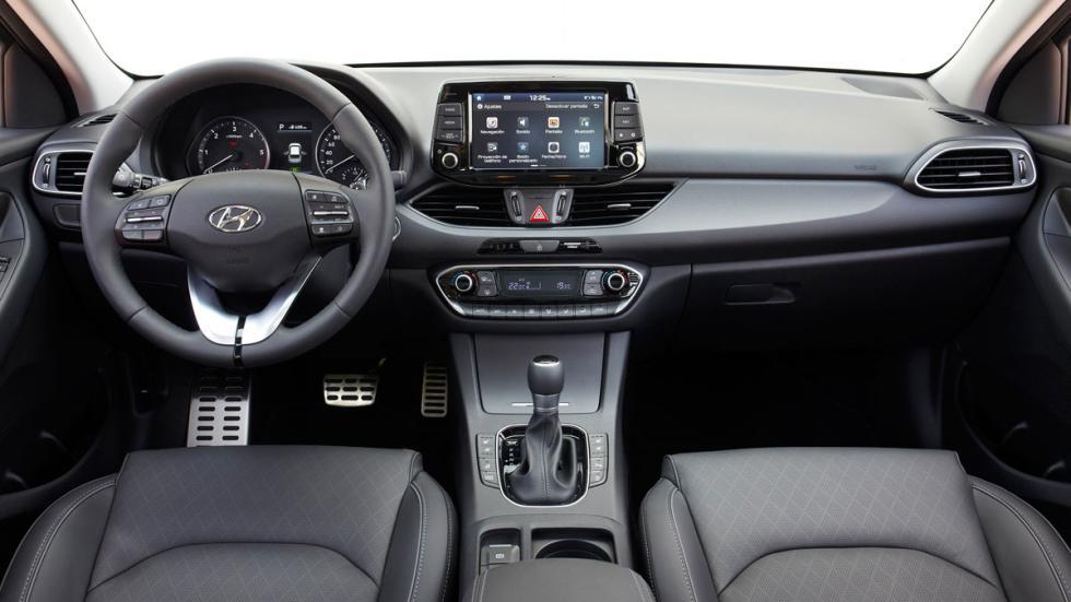 Hyundai i30 Crosswagon interior