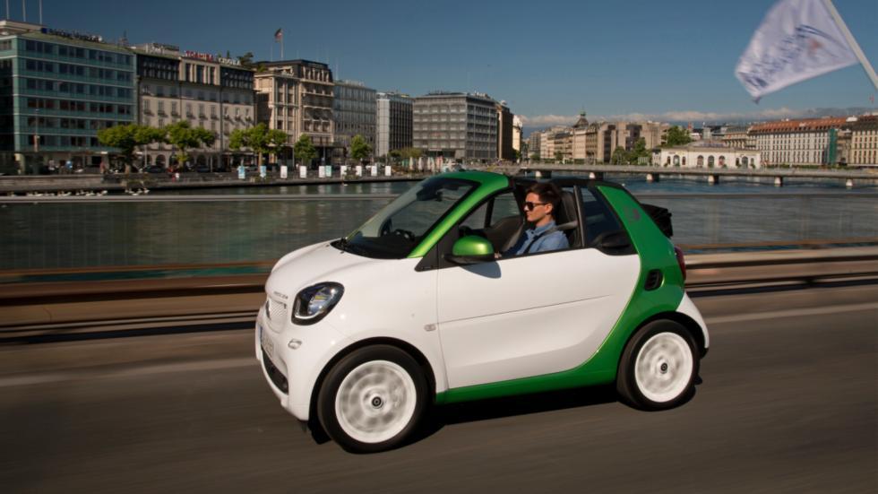 smart fortwo electric drive cabrio movimiento