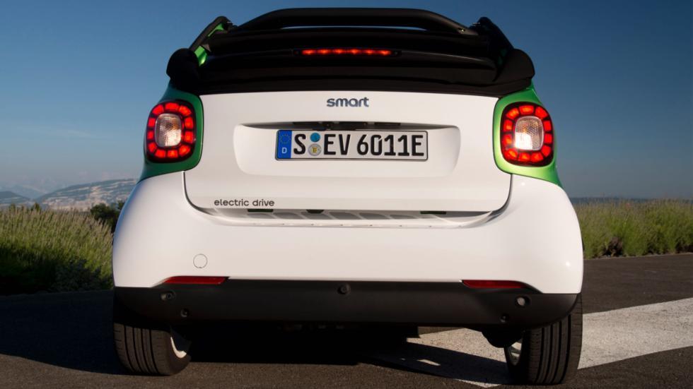 smart fortwo electric drive cabrio trasera