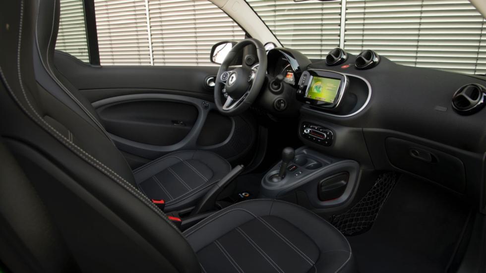 smart fortwo electric drive cabrio habitáculo