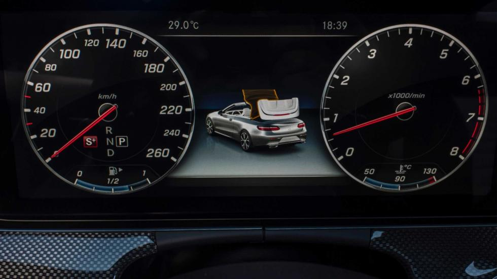 Mercedes Clase E Cabrio 2017 relojes