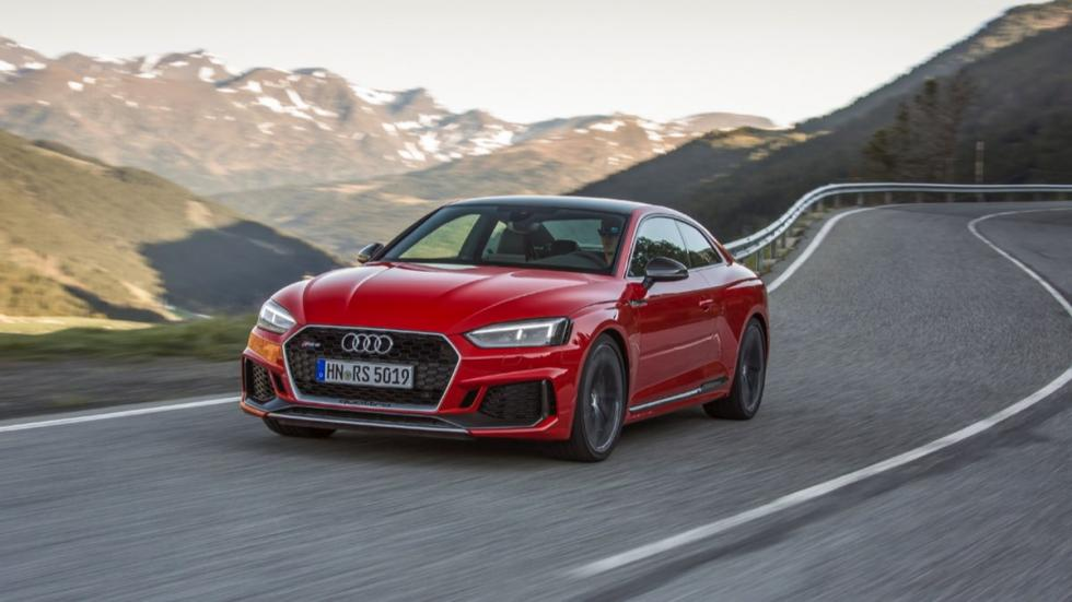 Audi RS 5 Coupe 2017 movimiento