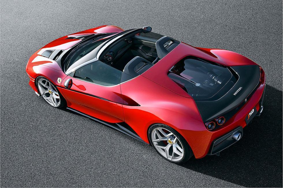 Su motor es un 3,9 litros V8 biturbo.