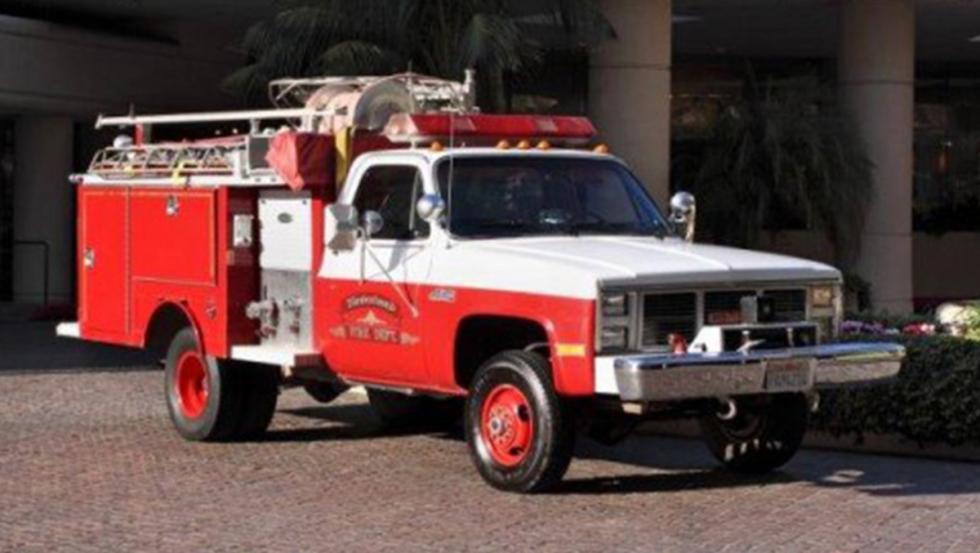 Camión de bomberos GMC High Sierra 3500 1986