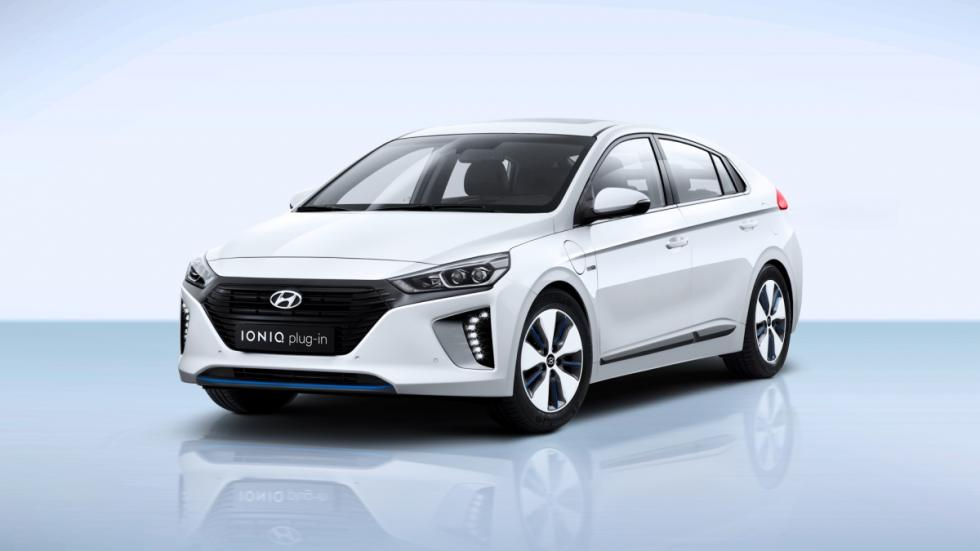 Hyundai Ioniq plug-in frontal lateral