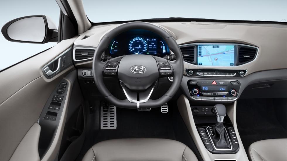El interior del Hyundai Ioniq Plug-in