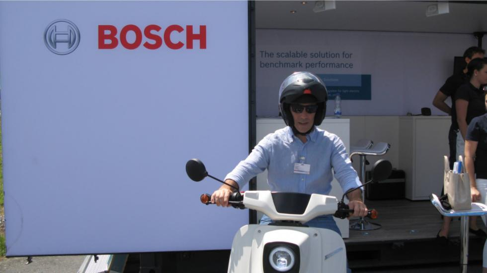 Motocicleta eléctrica de bosch